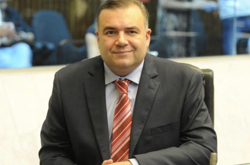 Secretário do estado do Paraná homenageia imprensa com fotos de paraenses