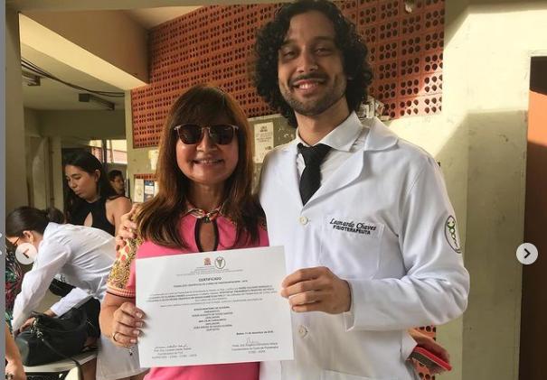 Filho de Vera Oliveira, fisioterapeuta, é DAS na rádio Cultura